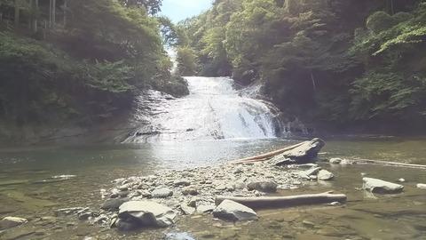 2016_09養老渓谷粟又の滝 (2)